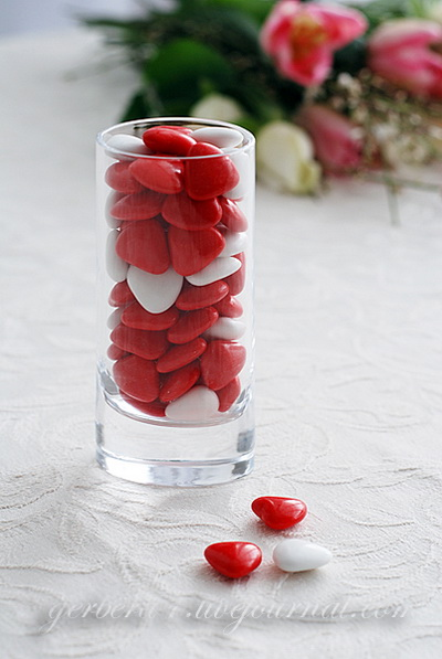 Valentines day table decor 2
