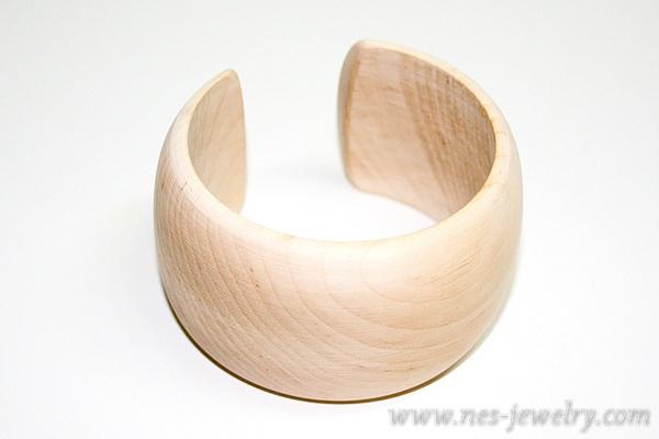 Wooden bracelet DIY olive and gold 1