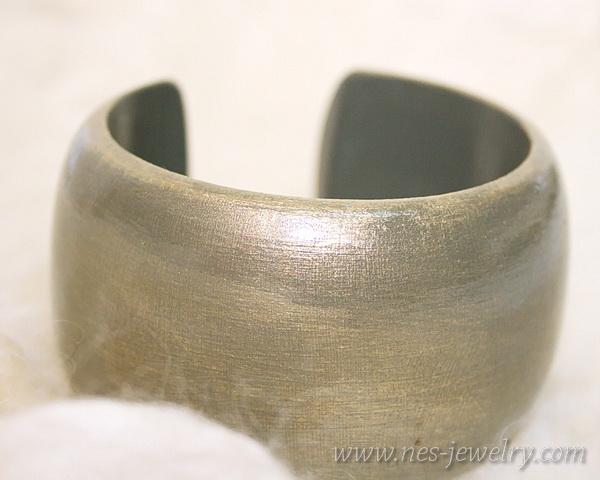 Wooden bracelet DIY olive and gold 10