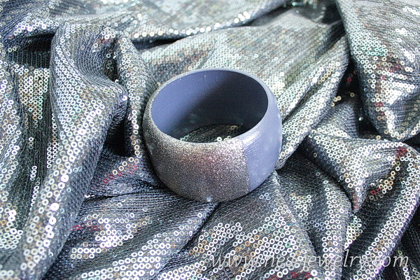 wooden bangle silver sparkles 8