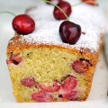 Cherry and amaretto cake featured