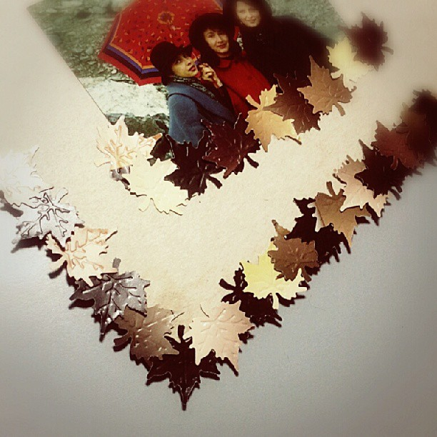 Maple leaves scrapbooking DIY tutorial 5