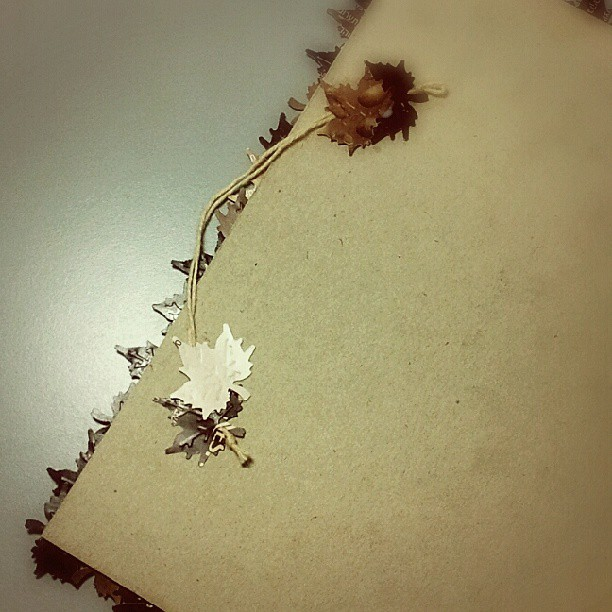 Maple leaves scrapbooking DIY tutorial 9