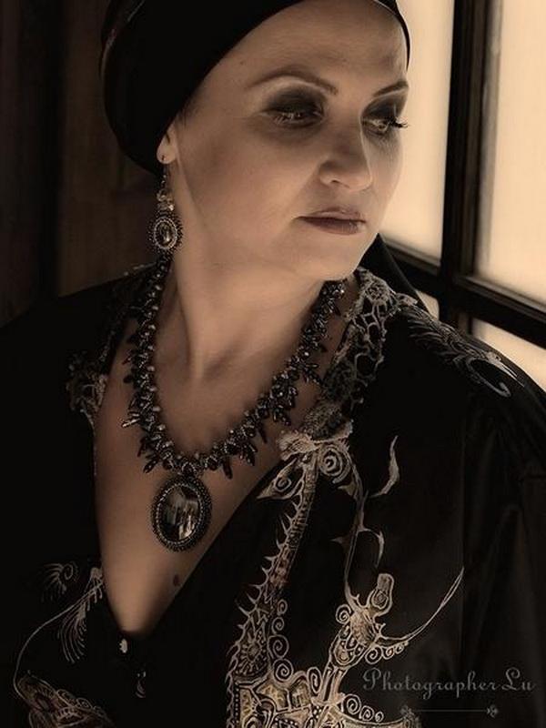 Handmade_jewelry_Israel_roaring_twenties_Lu_Tsi_11