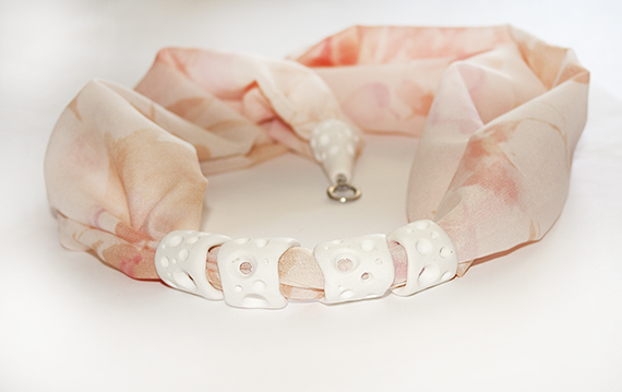 Long silk necklace pink and white 2