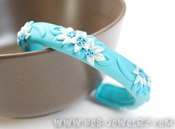 Blue filigree bracelet 3