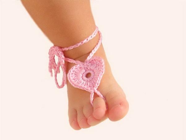 handmade baby goods from Etsy barefoot sandals for baby girl
