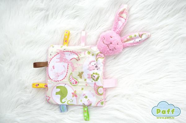 handmade baby goods from Etsy pink rabbit blanket