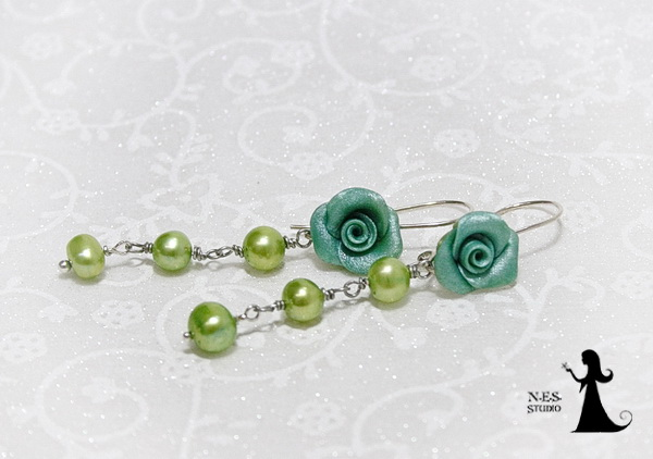 Blue rose and green pearls