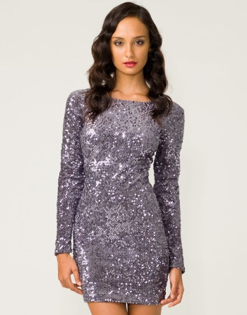 The glitter girl: Motel Gabby Sequin Dress in Charcoal